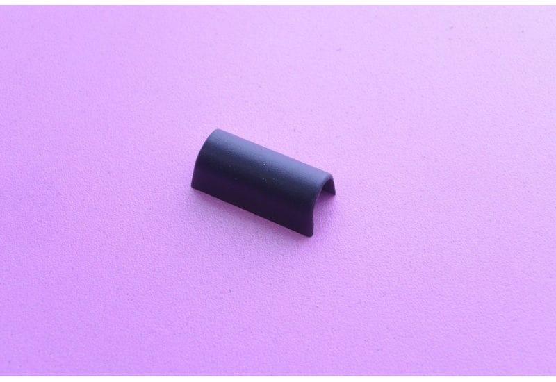 Fujitsu Siemens Amilo M6450G пластиковые заглушки на петли Left сторона